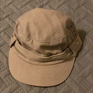 Roxy military cap